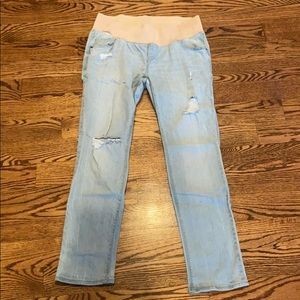 Old Navy distressed maternity jeans, size 6